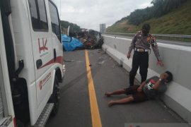 Lima orang meninggal akibat kecelakaan di Tol Pekanbaru-Dumai, berikut ini identitas korban