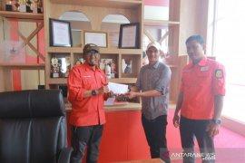 PMI Solok terima bantuan operasional dari Yayasan Darianis Yatim