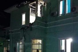 Sejumlah bangunan bertingkat di Mamuju roboh akibat gempa