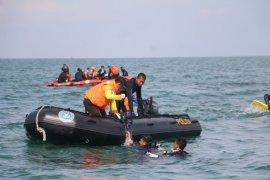 Penyelam Polri temukan 44 bagian jasad-puing Sriwijaya Air SJ-182