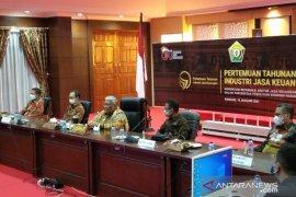 Gubernur Sultra berharap perbankan dan OJK edukasi debitur