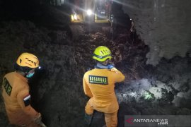 Korban tewas longsor di Sumedang bertambah jadi 25 orang