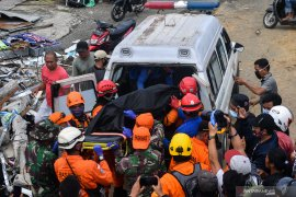 Korban gempa Sulbar bertambah menjadi 56 orang