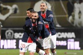 PSG ke puncak klasemen usai kalahkan Angers, Layvin Kurzawa cetak satu-satunya gol
