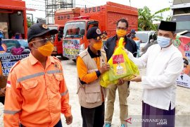 Kalteng kirim bantuan sembako hingga dapur umum ke Kalsel
