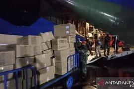 TNI AU angkut 14 ton bantuan untuk korban gempa di Sulbar