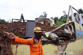BNPB: Total penemuan korban jiwa pascalongsor di Sumedang jadi 28 orang