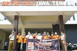 Fraksi PKS sumbang gaji bantu korban bencana alam