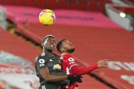 Main imbang dengan Liverpool, MU tetap di puncak