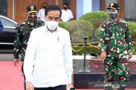 Presiden Jokowi ajak industri manfaatkan teknologi digital