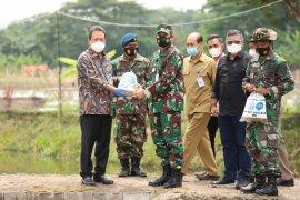 Lanud Adisutjipto budi daya ikan diapresiasi Menteri Wahyu Trenggono