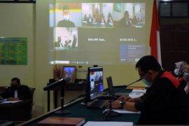 Sidang mantan Bupati Lampung Tengah Mustafa Page 2 Small