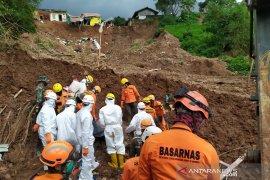 Tim SAR tutup pencarian longsor Sumedang karena seluruh korban ditemukan