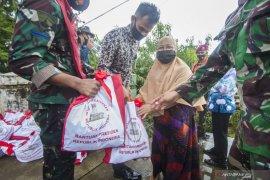 Kemarin, Jokowi tinjau lokasi gempa hingga visi misi calon Kapolri