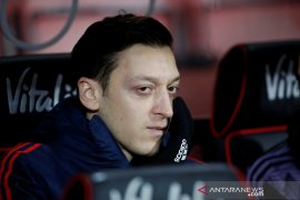 Fenerbahce resmi kontrak Mesut Ozil dari Arsenal