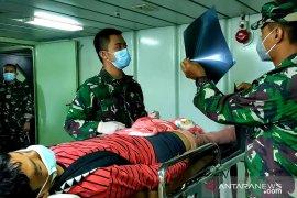 Korban gempa di Sulbar operasi jalani operasi patah tulang di KRI Suharso