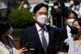Pewaris Samsung dijatuhi hukuman 2,5 tahun penjara