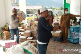 Sekolah di Palu  bantu guru dan peserta didik korban gempa di Sulbar