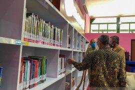 Perpustakaan Yogyakarta melakukan penyesuaian jam layanan selama PPKM