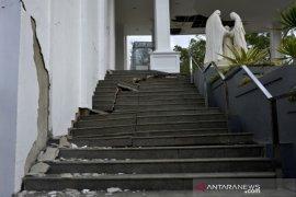 Tempat ibadah terdampak gempa bumi di Sulbar Page 2 Small