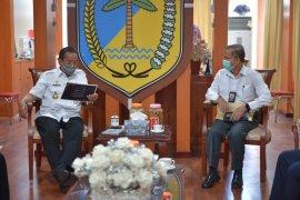 Kepala BPS Sulteng laporkan kendala sensus penduduk kepada Gubernur