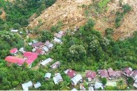 Operasi pencarian korban longsor di Mekkatta Majene Sulbar dihentikan