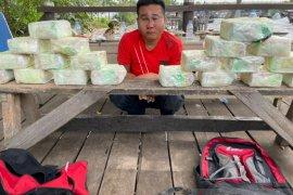 TIm Harimau Kampar Polda Riau ungkap penyelundupan 20 Kg sabu-sabu dari Malaysia