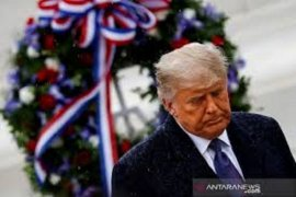 Dalam pidato perpisahan, Presiden Trump berdoa untuk pemerintahan berikutnya