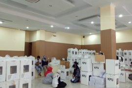 KPU Kabupaten Solok buka kotak suara tanpa pihak bersengketa, ini tanggapan PH paslon Nofi Candra-Yulfadri