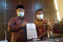 MUI Sulawesi Tenggara imbau masyarakat tidak meragukan vaksin sinovac