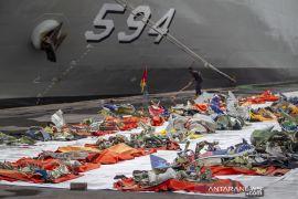 RS Polri terima 325 kantong jenazah berisi bagian tubuh hingga pencarian Sriwijaya SJ-182 dihentikan