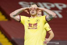 Burnley runtuhkan keangkeran Anfield saat paceklik Liverpool berlanjut