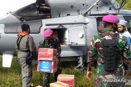 TNI AL gunakan helikopter distribusi bantuan ke desa terpencil Sulbar