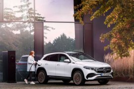 Ini harga SUV listrik Mercedes-Benz EQA