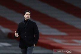 Mikel Arteta minta Arsenal tidak ulangi kesalahan Ozil dan Sokratis