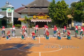 Gandhes Luwes perkuat pendidikan karakter siswa di Yogyakarta