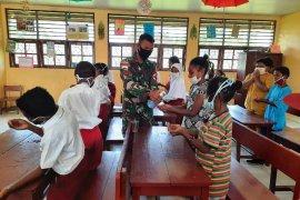 Melihat kebijakan di Papua menekan penularan COVID-19