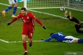 Bayern Munich melucuti Schalke 4-0