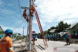 PT PLN beri layanan sambungan gratis untuk korban gempa Sulbar