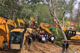 """Polisi: Belasan alat berat \""""diusir\"""" dari lokasi tambang  emas ilegal Sarolangun"""