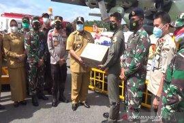 Pesawat Hercules mengangkut bantuan kemanusiaan Sultra ke Sulbar