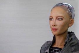Robot Sophia akan diproduksi massal di tengah pandemi