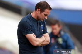 Frank Lampard akhirnya buka suara usai dipecat Chelsea