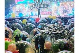 The Flaming Lips adakan konser \'live\' dari dalam \'bubble\'
