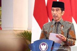 Presiden Jokowi gelar ratas bahas kasus positif COVID-19 tembus 1 juta orang