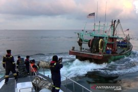 KKP tangkap dua pelaku pengeboman ikan di Biak Numfor