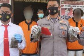 Polres Jayapura tangkap empat pengedar narkoba pemilik 1,6 kg ganja