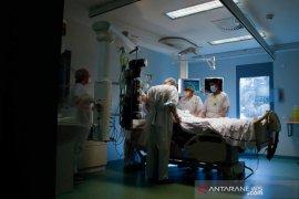 Jumlah pasien COVID-19 rawat inap dan ICU di Prancis meningkat