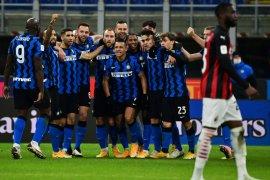 Kemenangan dramatis bawa Inter singkirkan Milan dari Piala Italia