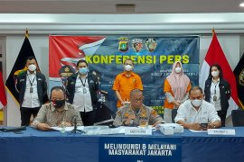 Polisi ringkus suami-istri tipu pengusaha Rp39 miliar